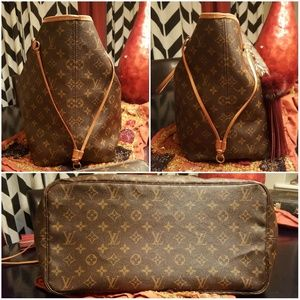 Louis Vuitton Bags - 🦋 Louis Vuitton Monogram Neverfull GM